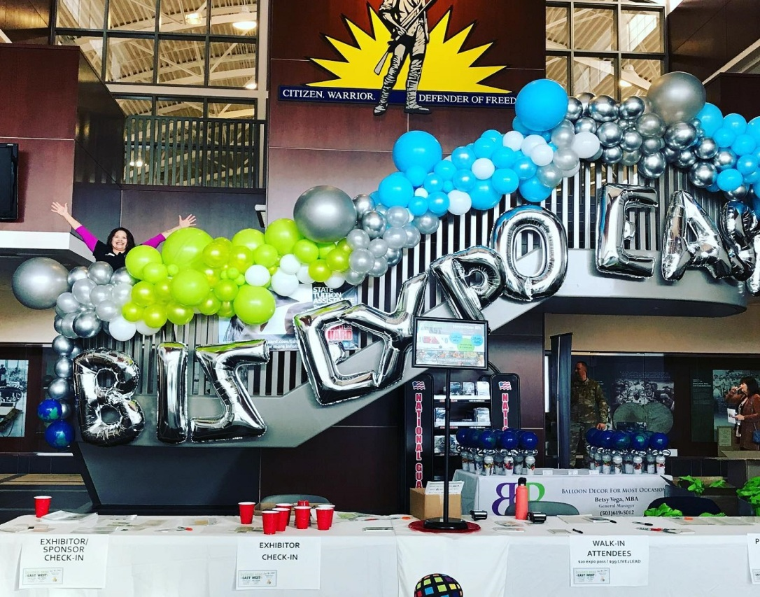 balloon corporate decor
